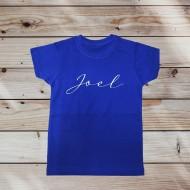 Camiseta infantil con nombre en lettering