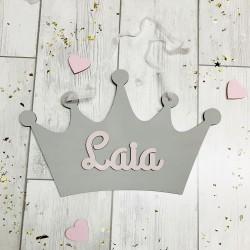 Corona decorativa personalizada gris